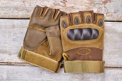Пары воинских fingerless перчаток для ехать Стоковая Фотография