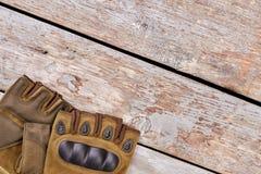 Пары воинских fingerless перчаток для пешего туризма Стоковые Изображения RF