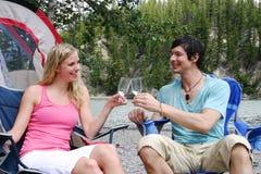 пары выпивают наслаждаться стоковые изображения