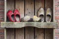 3 пары деревянных ботинок Giethoorn Стоковые Изображения RF