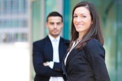Пары деловых партнеров внешних Стоковая Фотография RF