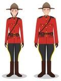 Пары канадских полицейския и женщина-полицейского в традиционных красных формах стоя совместно на белой предпосылке в квартире Стоковая Фотография RF