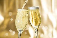 пары каннелюр шампанского Стоковое Изображение
