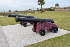 Пары карамболей войны за независимость в США на форте Moultrie стоковые фото