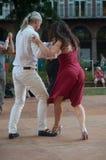 Пары квадрата танцоров танго фондовой биржи Стоковое Фото