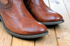 Пары классических кожаных коричневых ботинок ковбоя Стоковое Изображение