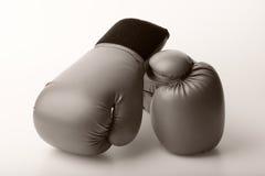 Пары кожаных перчаток бокса Стоковые Фото