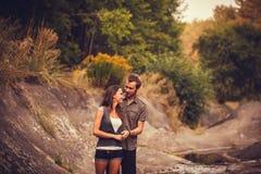 Пары красоты ослабляя совместно Стоковая Фотография