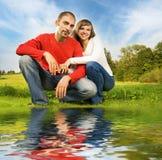 пары любят outdoors Стоковая Фотография RF