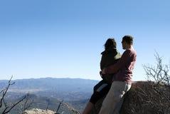 Пары на горе гранита Стоковое Изображение