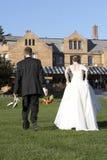 пары невесты холят венчание стоковая фотография rf