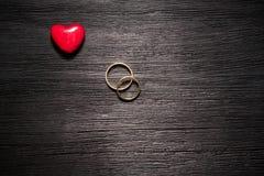 Пары обручальных кец золота Стоковое Изображение
