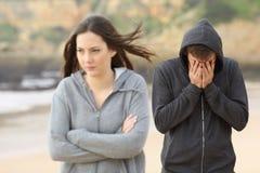 Пары подростка прекращают стоковая фотография
