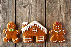 Пары пряника рождества и печенья дома Стоковые Фото