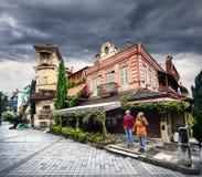 Пары путешественника в Тбилиси Стоковые Фотографии RF
