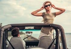 Пары путешествуя автомобилем Стоковые Изображения