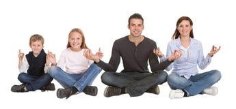 пары располагают сидя йогу Стоковые Изображения