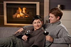 пары самонаводят романтичное стоковая фотография