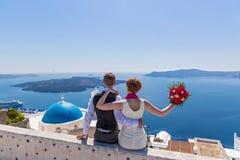 Пары свадьбы в Santorini Стоковое Изображение RF