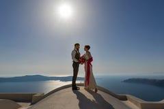 Пары свадьбы на крыше Стоковое Изображение
