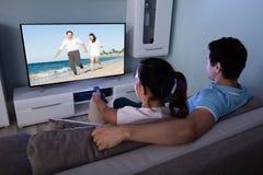 Пары смотря кино совместно стоковая фотография rf