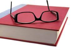 пары стекел глаза книги Стоковое Изображение RF