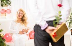 Пары счастливого Кристмас Стоковые Изображения RF