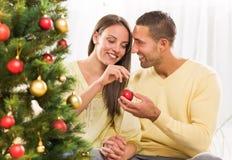 Пары счастливого Кристмас Стоковое Фото