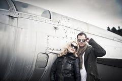 Пары с солнечными очками Стоковая Фотография RF