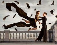 Пары танцоров танцуя бальный зал Стоковая Фотография