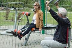 Пары фитнеса зрелые стоковые фото