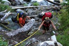 пары callaghan hiking выбытая долина Стоковое Фото