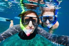 Пары snorkeling Стоковое Изображение
