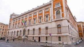 Парламент в Риме - впечатляющем здании в центре города стоковая фотография