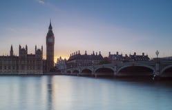 Парламент на заходе солнца Стоковые Изображения