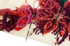 Пасма покрашенных потоков для вышивки - muline Стоковые Изображения RF