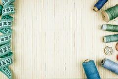Пасма потока и дюйма для шить Стоковое Изображение