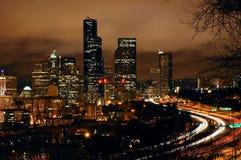 Пасмурная ноча в Сиэтл стоковое изображение rf