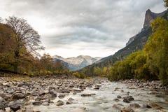 Пасмурная долина в осени Стоковое фото RF