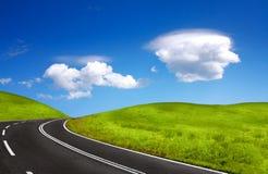 пасмурное небо дороги Стоковые Фотографии RF
