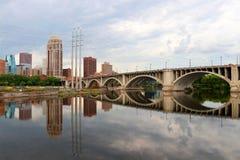 Пасмурное утро в Миннеаполисе Стоковое фото RF