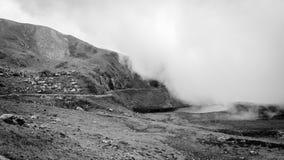 Пасмурный день в Carnic Альпах, Friuli Venezia-Giulia, Италия стоковое фото