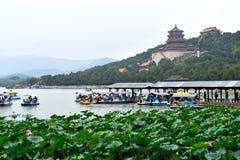 Пасмурный день на летнем дворце, Пекин, Китае стоковое изображение rf