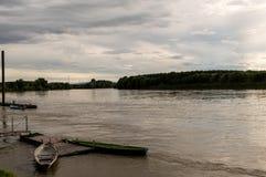 Пасмурный день на реке Po Стоковые Изображения RF