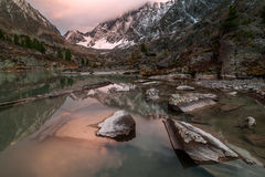 Пасмурный сумрак на озере Kuyguk Стоковое Фото