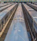 Пассажирские автомобили на депо поезда Стоковые Изображения RF