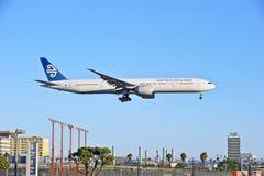 Пассажирский самолет рекламы авиакомпаний Новой Зеландии стоковые изображения