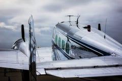 Пассажирский самолет Lockheed Electra стоковые изображения