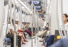 Пассажиры метро города стоковые изображения