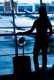 Пассажиры на авиапорте стоковая фотография rf